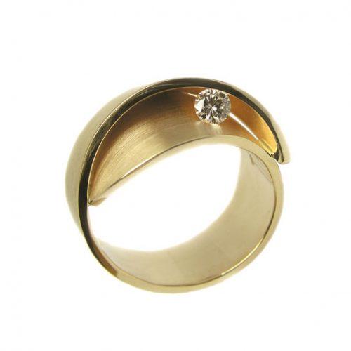 cardillag-gouden-ring-met-diamant