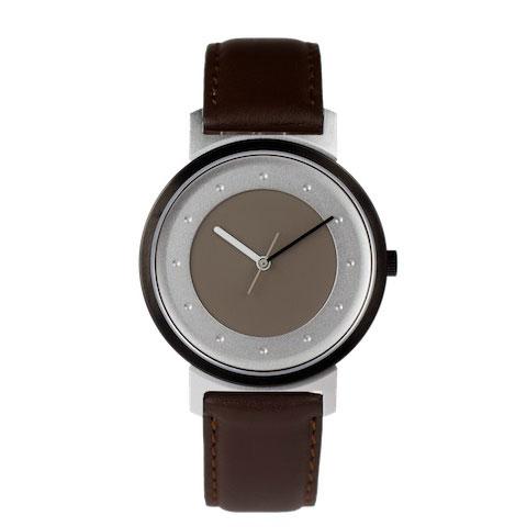 Quantuz-horloge-no-20-bruin