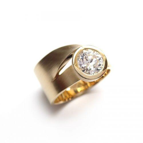 Cardillac Dahlia gouden ring met diamant