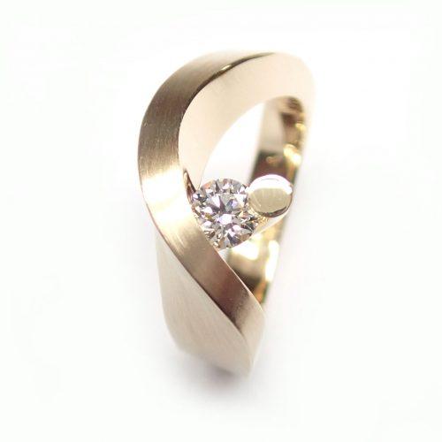 gouden cardillac ring met 0.26 karaat diamant