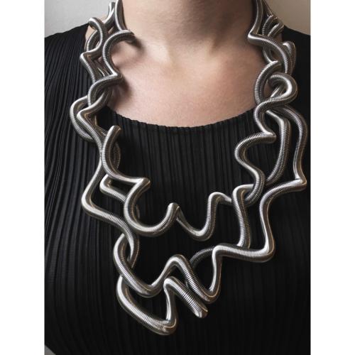 La Mollla lockige Halskette 4