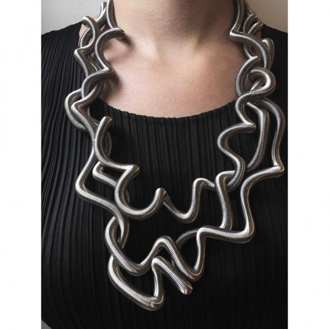 La Mollla curly collier 4